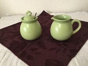 Chantal Green 92-CR/SU9 Sugar Bowl w/ Lid & Spoon 10 oz. Creamer 2003