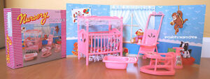 GLORIA DOLLHOUSE FURNITURES NURSERY ROOM W/ Stroller PLAYSET (9409)