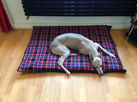 Red Check Fleece  Deluxe Waterproof Dog Bed,Dog Beds,Pet Beds,Dogbed,Dogbeds