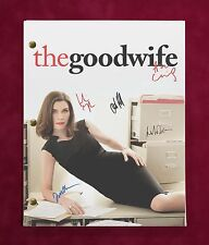 """THE GOOD WIFE TV SCRIPT W/ REPRODUCTION SIGNATURES MARGULIES NOTH & CHARLES """"C3"""""""