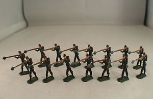 Cbg France Bundle Of 15 Soldiers Prussian all Sizes Round Dent 3 CM Rare