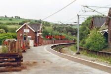 PHOTO  DINTING RAILWAY STATION DERBYSHIRE 1996 GCR MANCHESTER - SHEFFIELD MAIN J