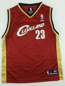 Vintage Reebok Cleveland Cavaliers LeBron James Basketball Jersey Size Youth L