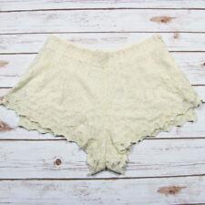Kimchi Blue Lace Shorts Ivory High Waist Pin Up Boho Urban Outfitters Size 4 NEW