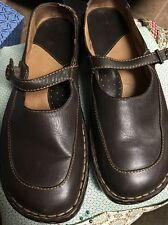 WOMENS BORN LEATHER MARY JANE SHOES Sz 10/42. Brown Leather.