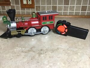Lionel NORTH POLE CENTRAL  Engine And Remote Train Replacement Add On 7-11729