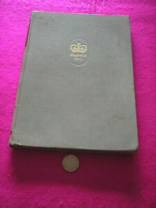 COLLECTABLE VINTAGE 'ELIZABETH CROWNED QUEEN - PITORIAL RECORD OF THE CORONATION