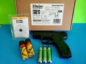 Daisy PowerLine 426 CO2 Pistol Bundle Kit w/ 3 Tanks, 700 steel BBs & Target gun