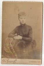 De Youngs, Young Woman, Broadway NEW YORK CITY NY, Cabinet Card Photograph