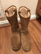 Kids UGGS Australia Insulated Size 4 Us