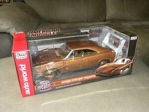 1:18 Dodge Charger Daytona (1969) – Auto World - Gold