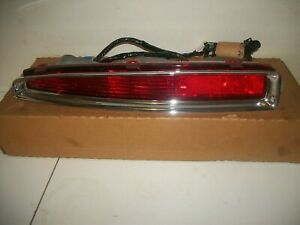 94-99 CADILLAC DEVILLE TAIL LIGHT Assembly RH PASSENGER OEM #16517272 NIB