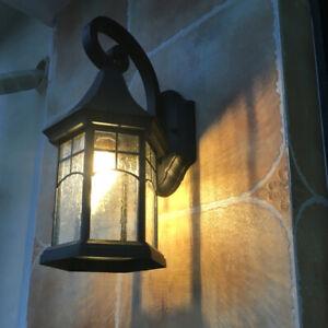 Vintage Style Metal Lantern Clear Glass Cruved Arm Garden Gate Wall Lights Loft