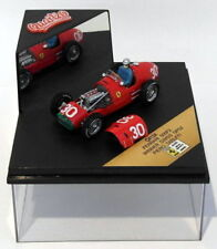 Voitures de sport miniatures noirs pour Ferrari