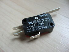 Omron Micro Limit Switch V 152 1c25 With 1 254mm Lever 15a 125250vac E66a