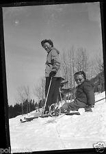 Ancien négatif photo hiver portrait famille mère et fille neige Ski Sports hiver