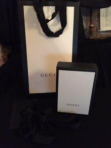 GUCCI petite boîte accessoires + ruban, sac, carte TBE ! 14 x 9,5 x 4,5cm