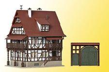 Vollmer 43732 H0 Winzerhaus mit Hoftor Bausatz Neuware