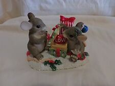 Charming Tails Love Is The Best Gift 98/243 Christmas Dean Griff(68)