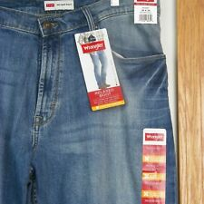 Wrangler Relaxed Boot Mens Jeans 38 X 30 Flex Comfort New With Tags