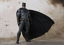 Bandai S.H.Figuarts Batman JUSTICE LEAGUE Japan version