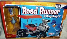 mpc ROAD RUNNER w/ BEEP BEEP T BUCKET CARICATURE KIT