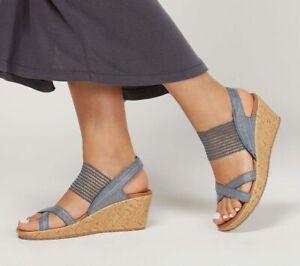 Skechers Beverlee - High Tea Luxe Foam Footbed Wedge Sandals Natural UK 7