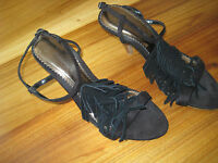Dorothy Perkins velvet sandals heel Size 4/37