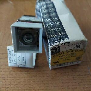 Allen-Bradley 800MS-QT24 / 800M-XA
