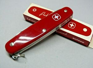 1987 Wenger 95mm model 1.72.11 Bushcrafter Professional Swiss Army Knife