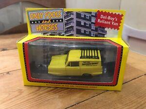 Corgi Only Fools and Horses Del Boy's Reliant Van