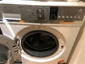 Washing machine front loader - Fisher & Paykel