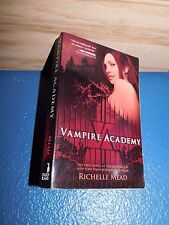 Vampire Academy by Richelle Mead paperback 9781595141743
