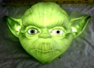 """VINTAGE LARGE STAR WAR'S 3-D LIGHT FX YODA WALL LAMP 12"""" WIDE,  WORKS GREAT"""