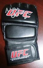 Alpha Cat Zingano Signed UFC Glove PSA/DNA COA Autograph Ultimate Fighter 17 MMA