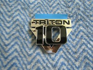 "FORD SUPERDUTY F250 F350 F450 F550 TRITON V10 FENDER EMBLEM ""V10 TRITON"" #2"