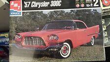 AMT Chrysler 300C mnib 1/25 Kit de modelo de escala.