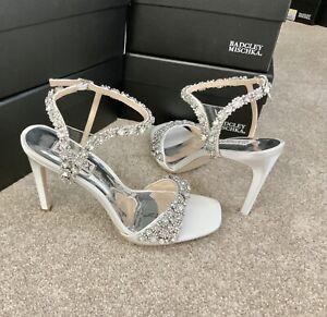 Badgley Mischka 'Galia' Crystal Evening/Wedding Shoes Size 4 (UK) White