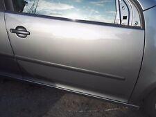 VW Golf MK5 1K 04-09 5DR Anteriore Autisti/Destro PANNELLO PORTA GRIGIO LA7T