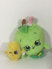 """Shopkins Chee Zee Cheese 4"""" And Apple Blossom 7"""" Plush"""