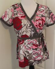 Koi Scrub Top S Small Pink Red Briar Roses Floral Mock Wrap Valentines Side Tie