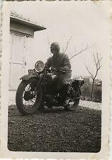 PHOTO ANCIENNE - VINTAGE SNAPSHOT - MOTOCYCLETTE MOTO MOTARD - MOTORCYCLE