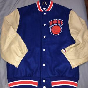 New York Knicks Mitchell & Ness Wool Varsity Jackey With Leather Sleeves