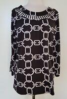 QUEENSPARK Black/White Stretch Knit top Size XXL