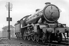 PHOTO  LNER GRESLEY B17 NO. 61623 LAMBTON CASTLE 4-6-0 AT CAMBRIDGE 1951