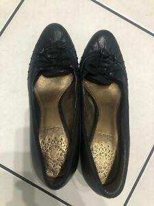 Ladies Clarks Shoes Size 4