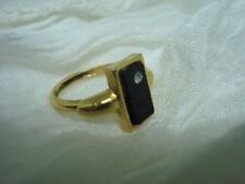 BEAUTIFUL Vintage Signed AVON Women's RING! A Must See!