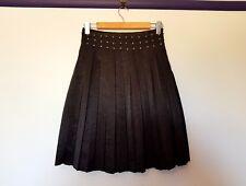 Duchess womens size 8 shiny look beaded black pleated knee length skirt