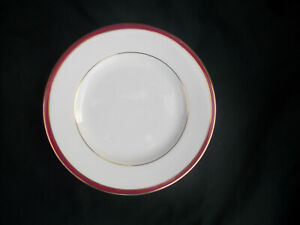 Minton. SATURN. Red. Side plate. Diameter 6 5/8  inches