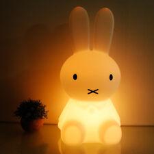 Miffy Lampe mit Farbwechsel - warmes LED-Nachtlicht  28 cm Höhe - Schlaflicht DE